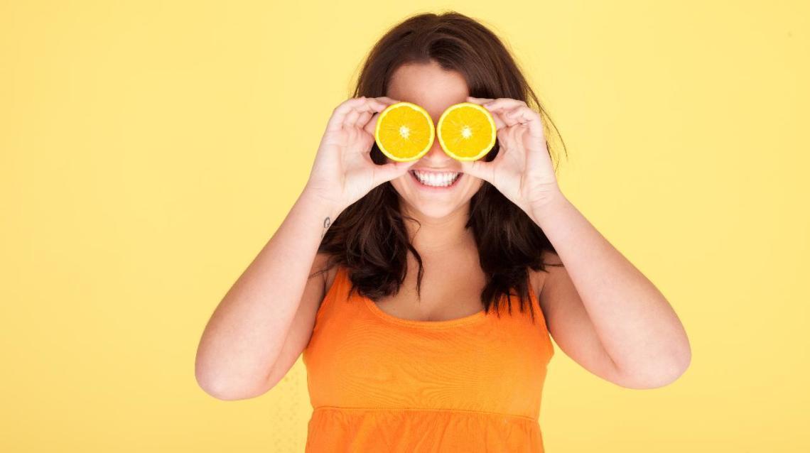Tutte le vitamine che fanno bene agli occhi