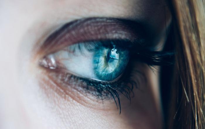 occhi-chiari-o-occhi-scuri
